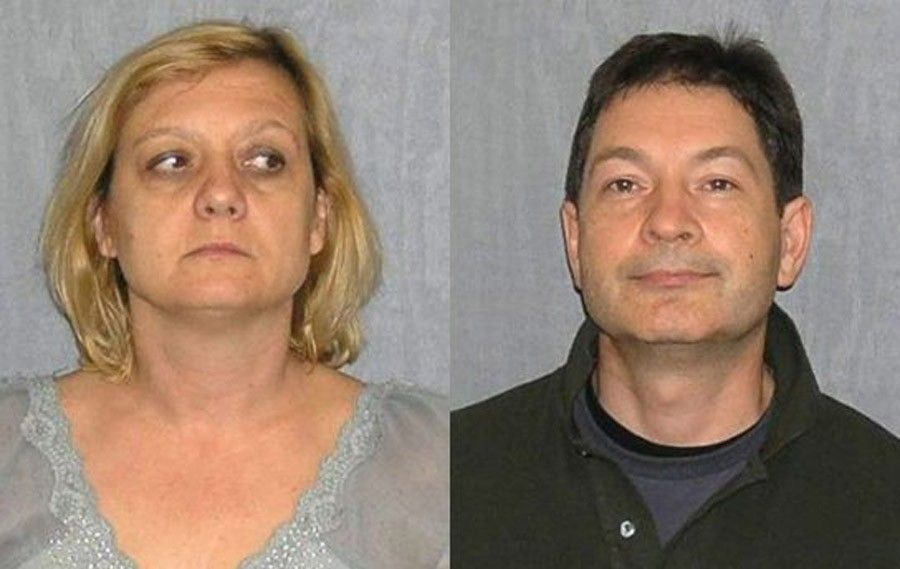 Преподаватель МГИМО Андрей Безруков и его жена Елена Вавилова (фотографии после задержания россиян в США в июне 2010 года)