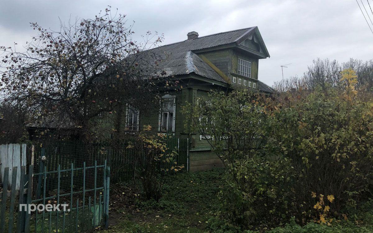 Фото дома, где жила мать президента Мария Шеломова