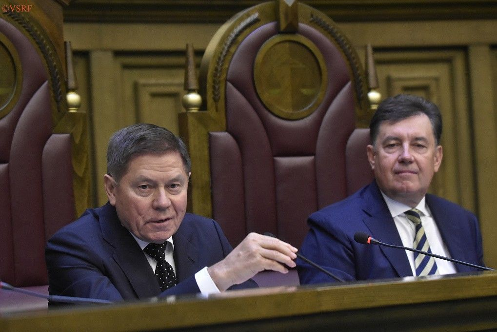 Вячеслав Лебедев cпредседателем Совета судей Виктором Момотовым.
