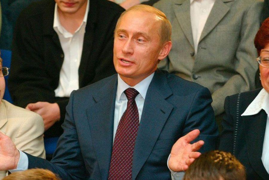 Вначале 2000х Путину явно было интересно общаться с кремлевскимпулом