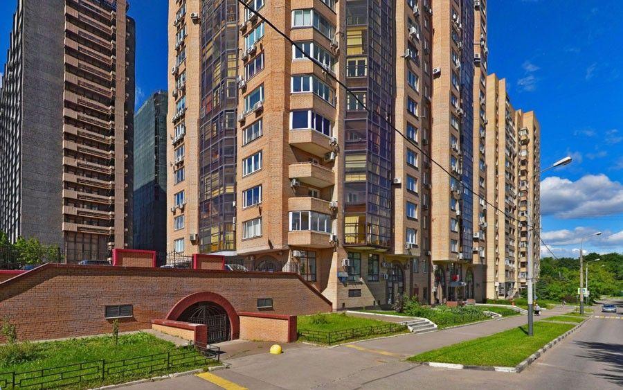 Дом на Зелинского, 6 в Москве, где находится квартира Вячеслава Лебедева