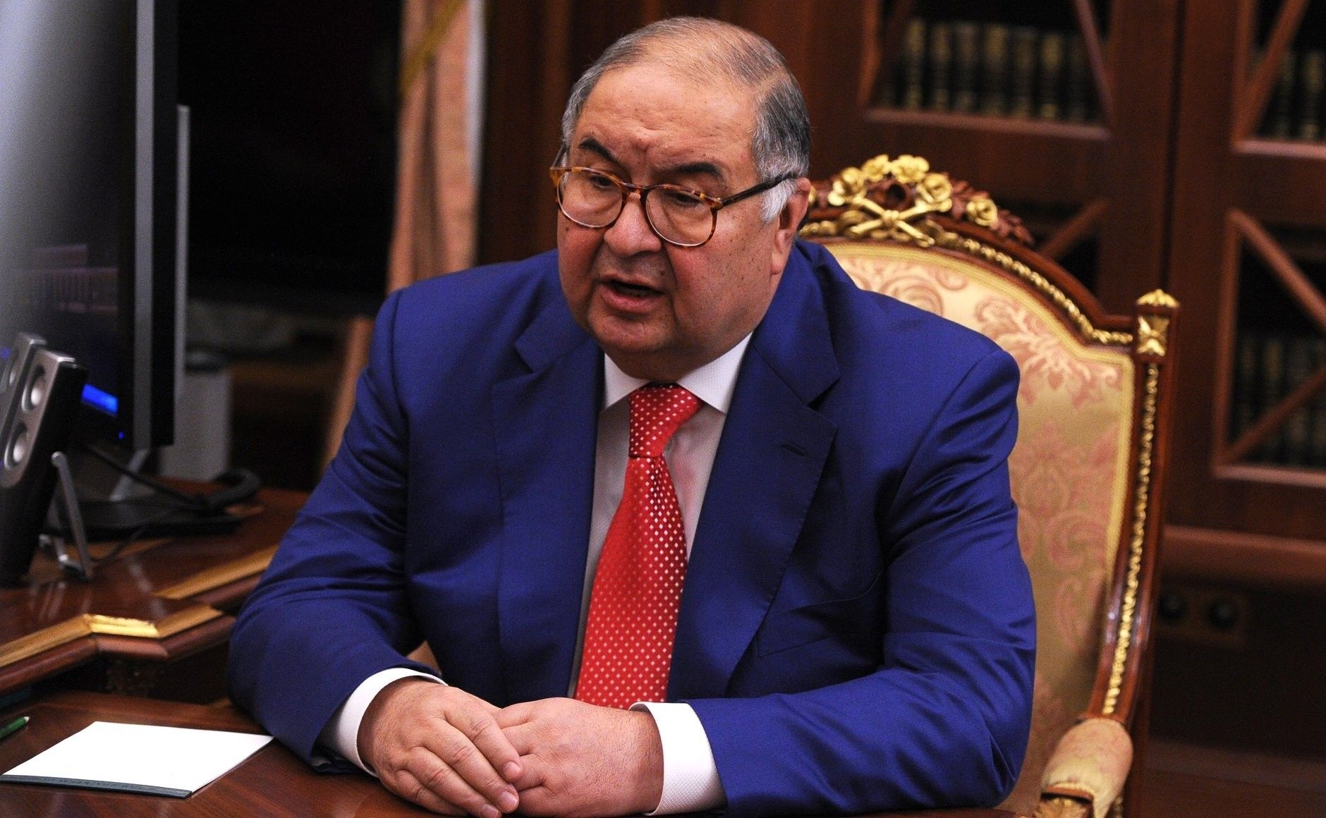 Летом 2008года структуры Усманова заинтересовались покупкой Яндекса — потенциальная сделка была согласована сКремлем.